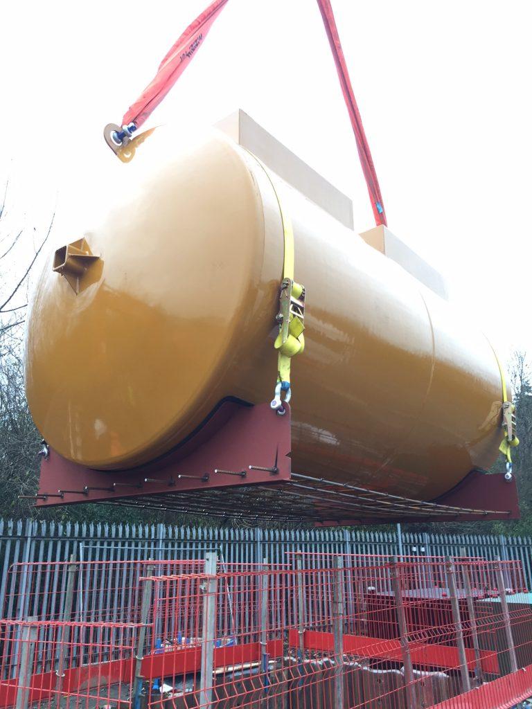 Installation of an underground fuel storage tank